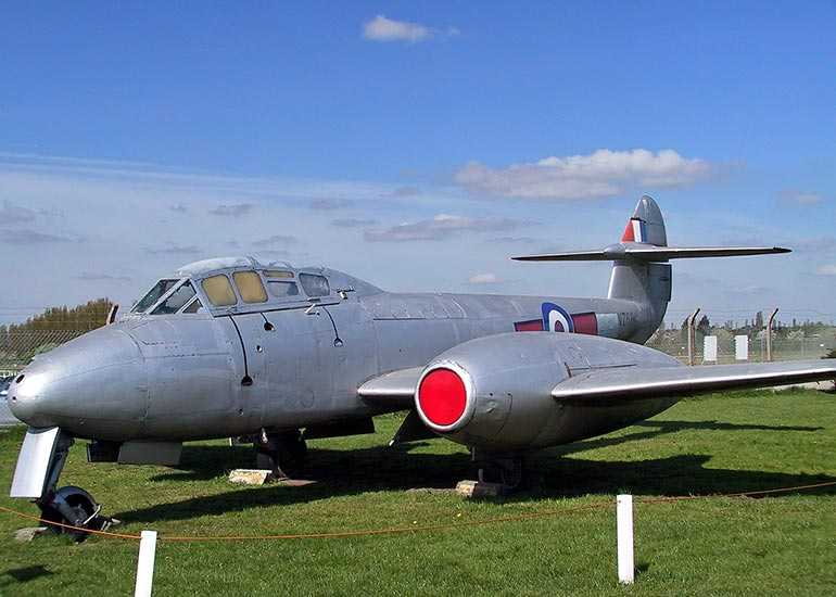 Gloster Meteor T.7 (VX634)