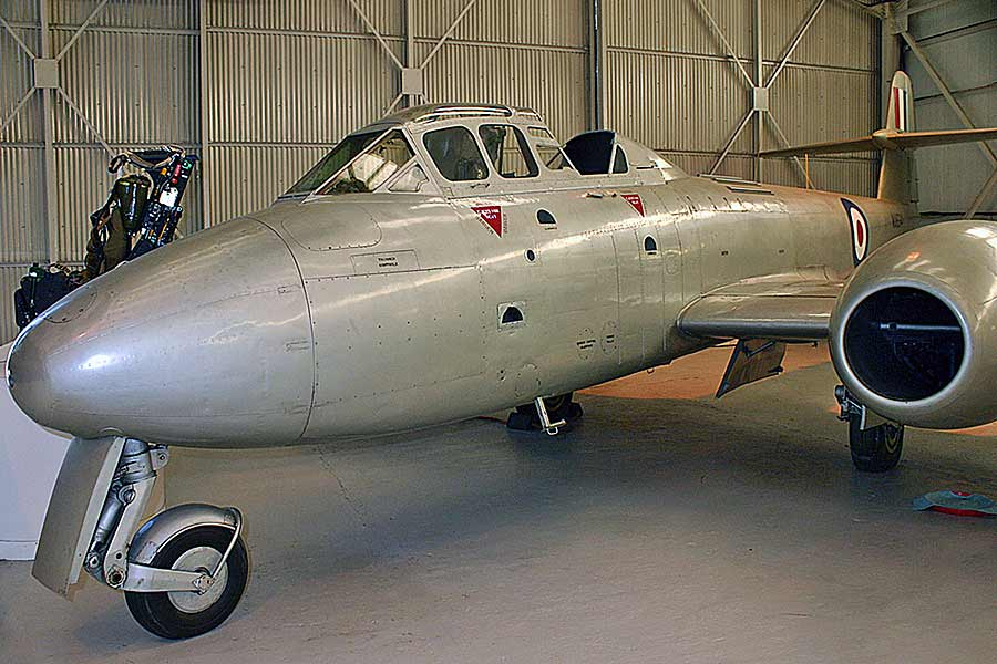 Gloster Meteor T.7/8 (WA634)
